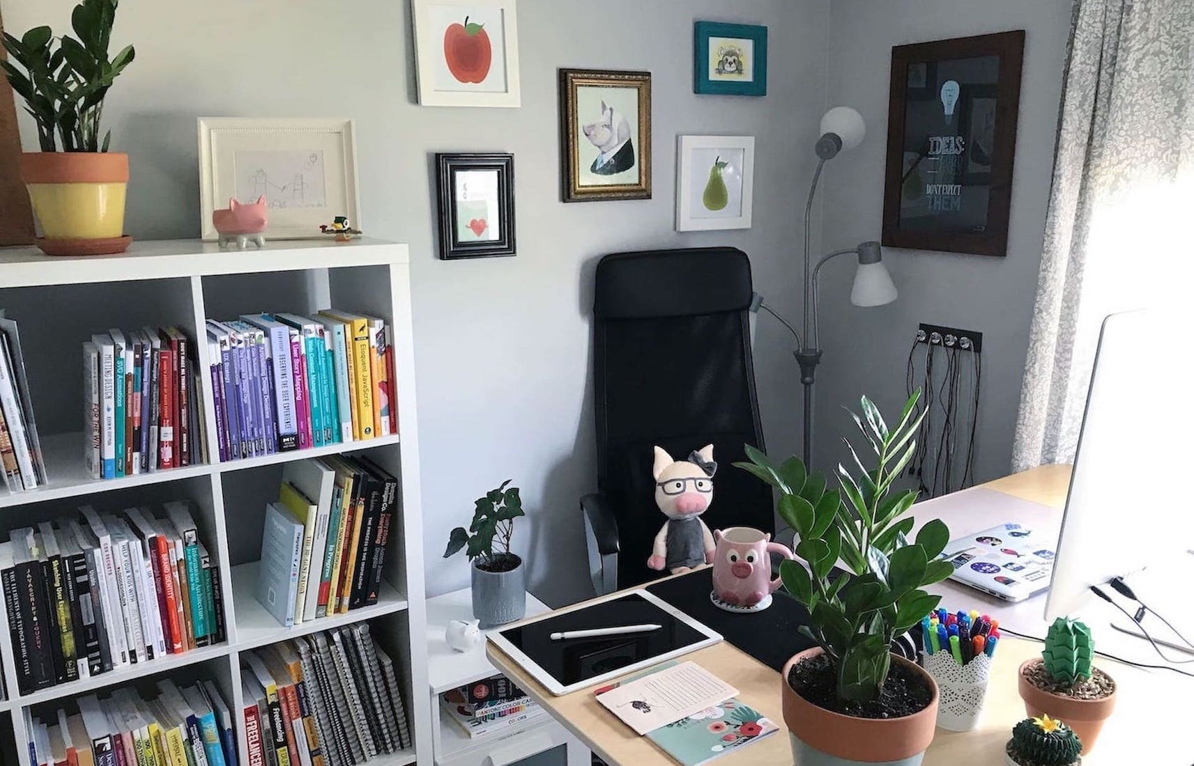 Joni Trythall home office